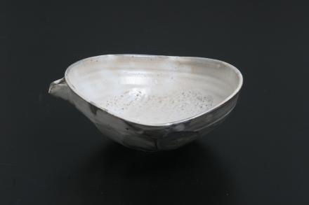 花岡隆 粉引面取片口鉢